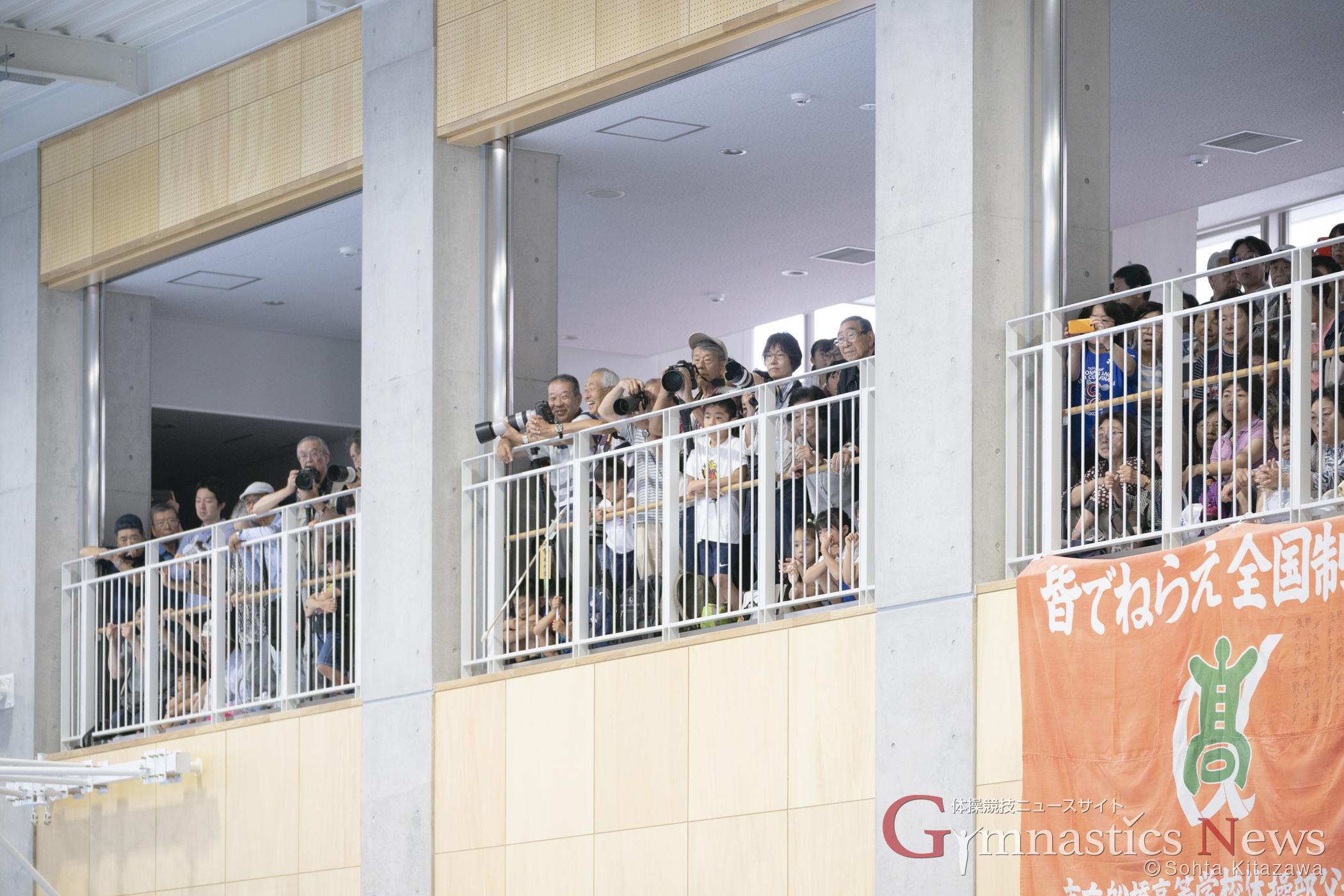 集まった観客