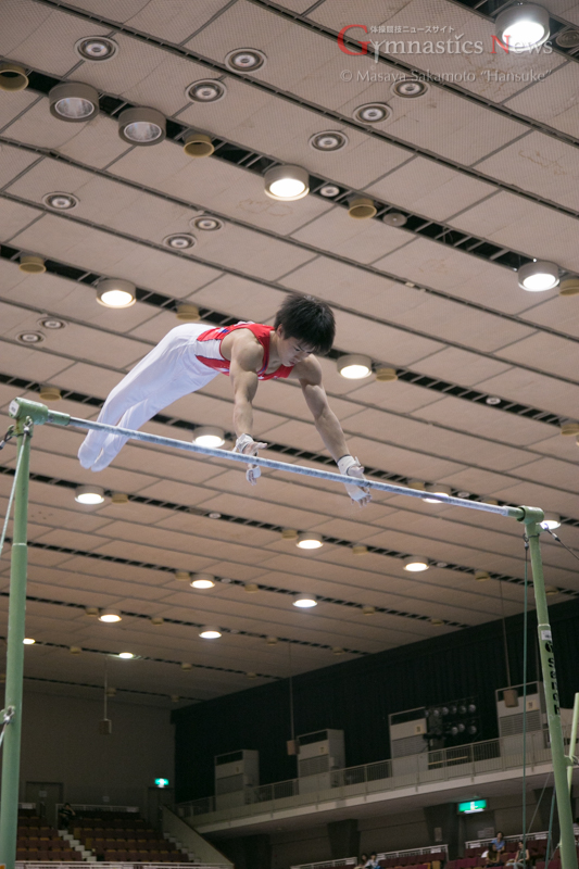2015国際ジュニア湯浅賢哉の鉄棒