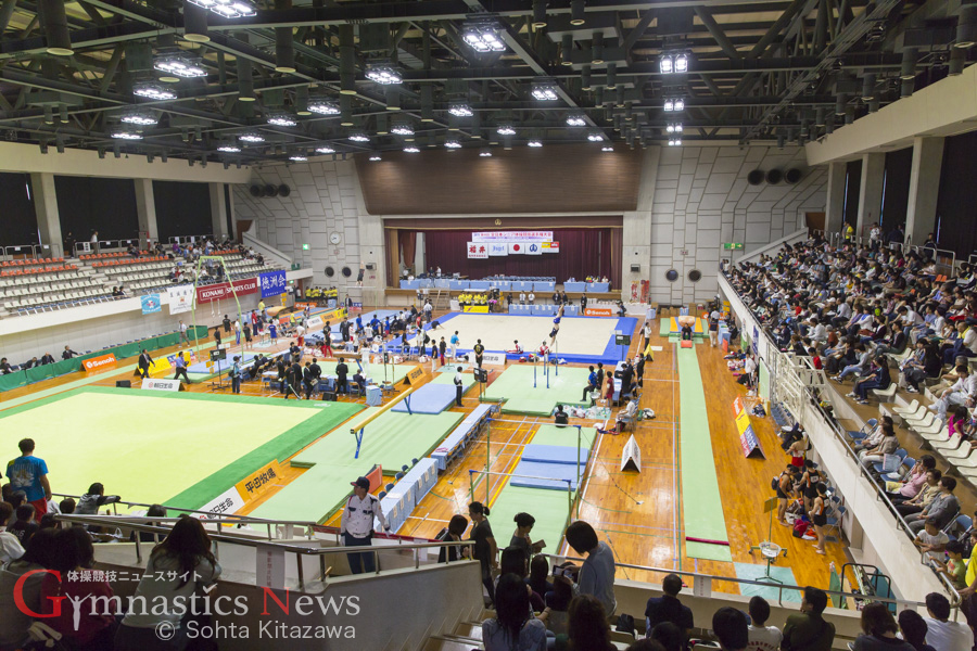 鯖江市総合体育館