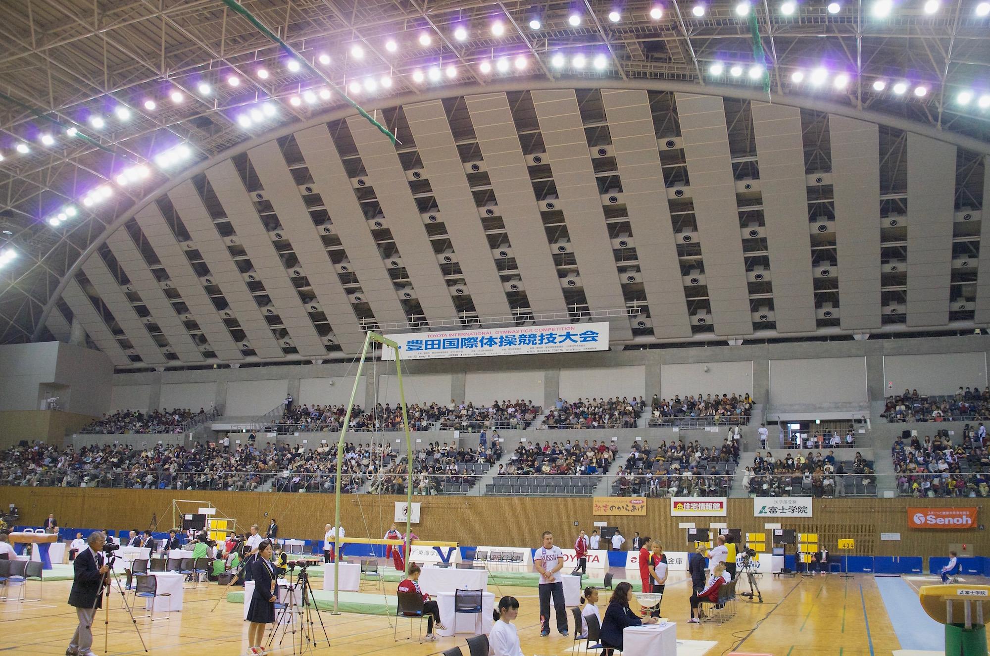 世界選手権の代表選手が出場するとあって、会場はファンで埋まった