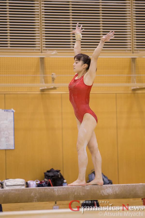 笹田夏実の平均台